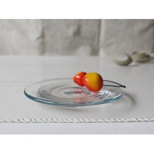 ガラス小皿 丸皿12cm 青フチ tonari シンプル 銘々皿 吹きガラス 手作り ガラス食器|cayest