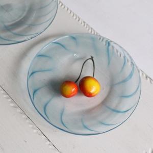 ガラス小皿 丸皿 14cm 青ライン tonari 吹きガラス 手作り ガラス食器|cayest