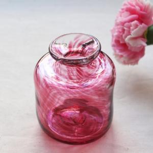 花瓶 花器 ピンク 円筒瓶型 吹きガラス 一輪挿し 手作り tonari かわいい|cayest
