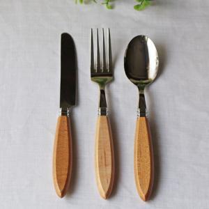 木製 ハンドル 木の持ち手 ウレタン加工 スプーン/フォーク/ナイフ ステンレス 日本製 おしゃれ|cayest