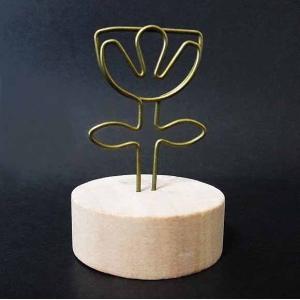 輸入雑貨  デコパージュやドリパージュなどで使いやすい 作品用のかわいい木製ホルダー。  思い出の写...