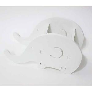 本品は組立式です。  白塗りされた、シンプルでかわいらしい ゾウの小物入れです。  ペンケースや眼鏡...