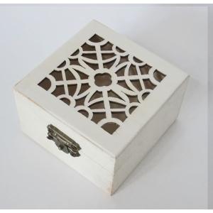 作品創りで使いやすい シンプルな木製素材。  プレゼントやインテリアに合った自分好みの 作品を作って...