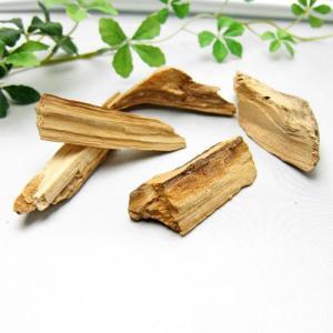 パワーストーン 幸せを呼ぶ聖なる木 パロサント -Holy wood- 小木 約20g 天然香木 天...