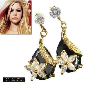 ピアス 揺れるフラワー 花 ブラック クリスタル 18金 アヴリル ラヴィーン コレクション|celeb-cz-jewelry