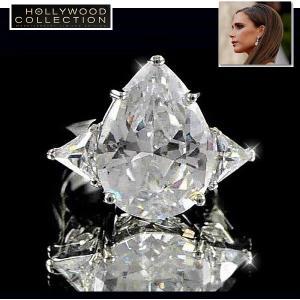 リング ダイヤモンド ティアドロップ カクテルリング 8キャラット ヴィクトリア ベッカム コレクション|celeb-cz-jewelry