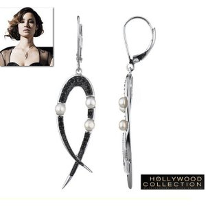 パール ピアス 揺れる レア 007 スカイフォール スネークテール ブラックダイヤモンド ベレニス マーロウ コレクション|celeb-cz-jewelry