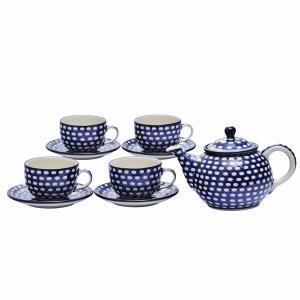 カップ&ソーサー4客と、ティーポットのセット。家族で集まったり、お客様を招いたり、皆でお茶の時間を過...