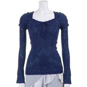 ●立体的な背中の編み上げ紐がデザインポイントのノーソーイングトップ。 ●ダイヤモンドネック、長袖。 ...