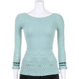 ●袖口に配色のベルベットリボンを通したキュートなノーソーイングトップ。 ●スカラップ柄を配した編地。...