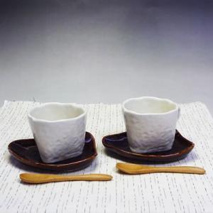 美濃焼トライアングルペアコーヒーカップ&ソーサーセット(珈琲、紅茶等)(メッセージカードサービスあり)|chagokorochaya