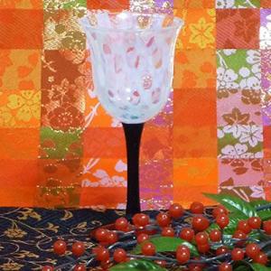大正時代のハイカラな日本文化を感じさせる、お洒落なワイングラスです。 【ガラス、硝子/結婚祝/母の日...