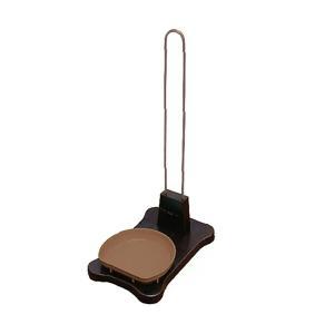 ドギーマン どこでも使える ウッディーボトルスタンド 犬用|チャーム charm PayPayモール店