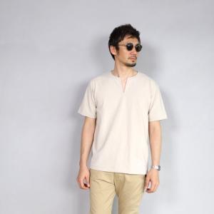 クロ カットソー KURO スリットネック Tシャツ PARALLELED YARN HIGH GAUGE SLIT NECK TEE ベージュ 2019春夏新作|charger