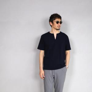 クロ カットソー KURO スリットネック Tシャツ PARALLELED YARN HIGH GAUGE SLIT NECK TEE ネイビー 2019春夏新作|charger