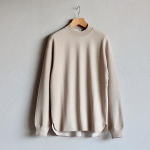 クロ Tシャツ KURO ハニカムモックネックTシャツ Honeycomb Mock Neck Tee ベージュ BEIGE 2020秋冬新作 charger