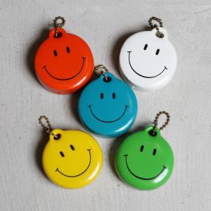トライベッカ キーホルダー TRIBECA スマイルキーフロート KEY FLOATS SMILE オレンジ/ライムグリーン/ホワイト 3色展開|charger