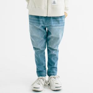 カジュアルファッションの大定番のデニムパンツ。その中でも人気なサルエルシルエットパンツのご紹介です。...