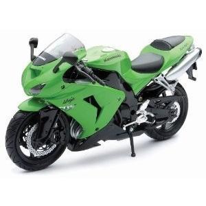 NewRay 1/12 ダイキャスト Motorcycle: Kawasaki (カワサキ) 200...