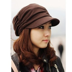 色:ブラック ブラウンの2種類 サイズ:帽囲53-60cm 高さ8cm ツバ9cm  メイン素材: ...
