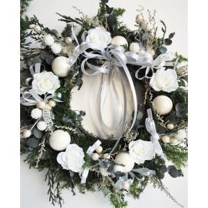 クリスマスリース 白い薔薇のヒムロスギ プリザーブドフラワーリース|chloris-flower