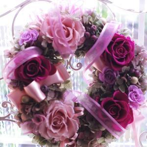 プリザーブドフラワーリース 新築祝い アンティークなピンクリース プリケース入り|chloris-flower