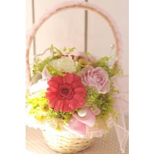 プリザーブドフラワー ピンクの可愛いガーベラのバスケット 送料無料|chloris-flower