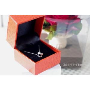 お誕生日プレゼント シルバー925/LOVEネッレスと一輪の薔薇のセット  幸福の象徴ツイン刻印今だけ特別価格|chloris-flower