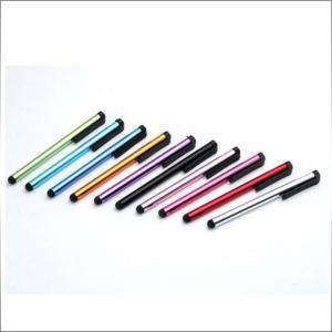 ペン先端部分に高級なシリコン素材を使用しています 液晶画面の汚れも防げて タップ操作、イラスト描画な...