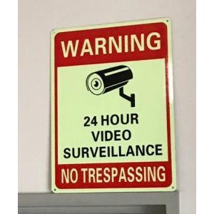 アメリカ セキュリティ 看板 防犯カメラ グローインザダーク 蓄光 長方形 アメリカ製 サイン アメリカン雑貨 アメ雑|choppers