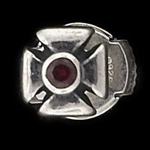 TRAVIS WALKER/DOUBLE CROSS(トラヴィスワーカー/ダブルクロス):Outlaw Stud Earring w/Garnet(アウトロースタッドイヤリングw/ガーネット)|chrono925