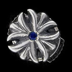 TRAVIS WALKER/DOUBLE CROSS(トラヴィスワーカー/ダブルクロス):Valor Earring w/Blue Sapphire(ヴァラーイヤリングw/ブルーサファイア)|chrono925