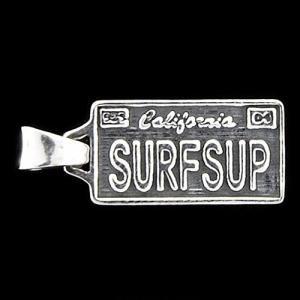TRAVIS WALKER/DOUBLE CROSS(トラヴィスワーカー/ダブルクロス):License Plate Pendant/SURFSUP/Medium(ライセンスプレートペンダント/SURFSUP/ミディアム)|chrono925