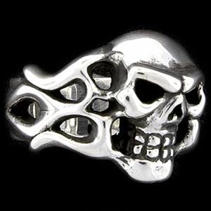 TRAVIS WALKER/DOUBLE CROSS(トラヴィスワーカー/ダブルクロス):Flamed Skull Ring(フレイムドスカルリング)|chrono925