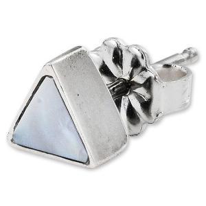STANLEY GUESS(スタンリーゲス):Triangle Shell Earring(トライアングルシェルイヤリング)|chrono925