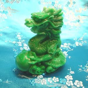 小さい龍の置物 翡翠色|chuukanotobira
