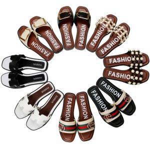 素材:PVC 靴底:TPR ソールの厚さ:約3cm ご注意:こちらはビニール袋の簡易梱包で、靴箱は付...