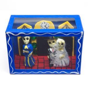 カラベラ人形のミニ飾り箱(14)|cinco