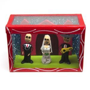 カラベラ人形のミニ飾り箱(22)|cinco