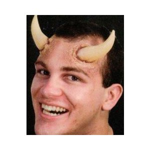 とがった角の特殊メイク WO095 角,つの,牛の角,牛のつの,牛,雄牛,牡牛,たけのこ,悪魔,悪魔崇拝,スーパーナチュラル cinemasecrets