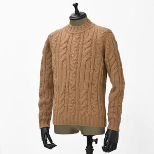 【送料無料】GRAY【グライ】ケーブルクルーネックニット KURTIS 319 29 wool CAMEL(ウール キャメル)|cinqueunaltro