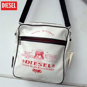 【SALE】ディーゼル ショルダーバッグ X00019 ホワイト レッド DIESEL Shoulder Bag X00019 DIESEL Shoulder Bag X00019 White Red cio