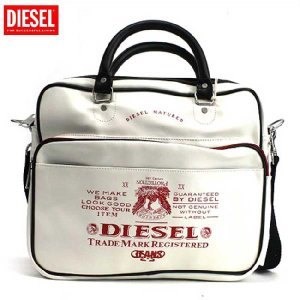 【SALE】ディーゼル ショルダーバッグ X00021 ホワイト レッド DIESEL Shoulder Bag X00021 White Red cio