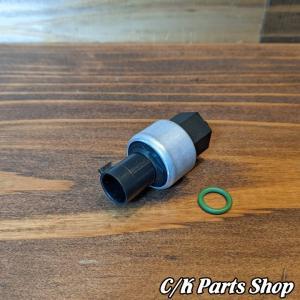 A/Cプレッシャースイッチ 94-99y 低圧 アキュムレーター プレッシャーセンサー FOUR SEASONS C1500 K1500 サバーバン ブレイザー タホ ユーコン エスカレード ck-parts