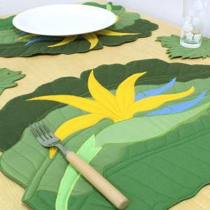 ハワイ 土産 ハワイアンキルト ランチョンマット バードオブパラダイス  キッチン インテリア 雑貨 ハワイアン雑貨 ギフト プレゼント 母の日|clara-hawaii