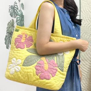 ハワイ ハワイアンキルト バッグ トートバッグ イエロー 黄色 可愛い おしゃれ 普段使い ハワイアン雑貨 ギフト プレゼント 母の日|clara-hawaii