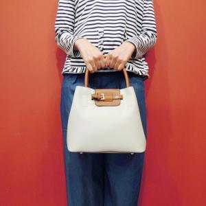 フランス ベルトデザイン2WAYハンドバッグ レディース かばん 鞄 白 ホワイト 通販 ショルダーバッグ 海外 ブランド おしゃれ 派手 上品 classica