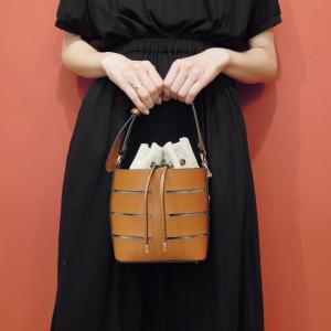 フランス 巾着型2WAYショルダーミニバッグ レディース 茶色 ブラウン 合皮 かばん 鞄 小さめ 通販 おしゃれ ポシェット 無地 大人 classica