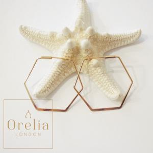 オレリア Orelia ヘキサゴンフープピアス レディース ゴールド 鍍金 フック リング 六角形 イギリス 人気 シンプル おしゃれ プレゼント 大人 通販|classica