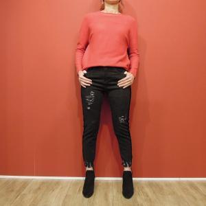 イタリア ダメージ加工カットオフデニムパンツレディース 黒 ブラック 9号 11号 クラッシュ 女性用 サイドライン おしゃれ 通販 人気|classica
